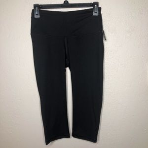Victoria Sport New with Tags leggings size Small
